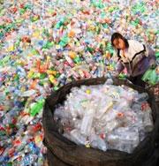 Океан засыпят пластиком