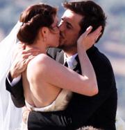 Агент 007 сыграл свадьбу. Фото