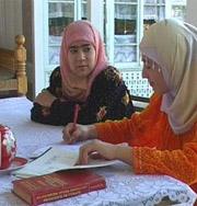 Мусульманкам запретили фотографироваться в хиджабе