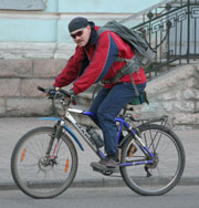 Китайцы изобрели велосипед-амфибию