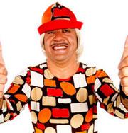 Неграмотный клоун хочет попасть в парламент