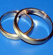 Женщина вышла замуж сама за себя