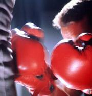 У боксера нашли украденный телефон во время матча