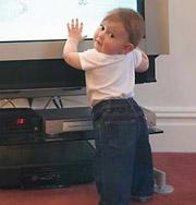 Новая методика — язык жестов — помогает детям развиваться