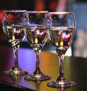 Музыка усиливает действие алкоголя