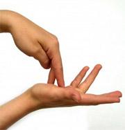 По походке и рукопожатию можно поставить диагноз