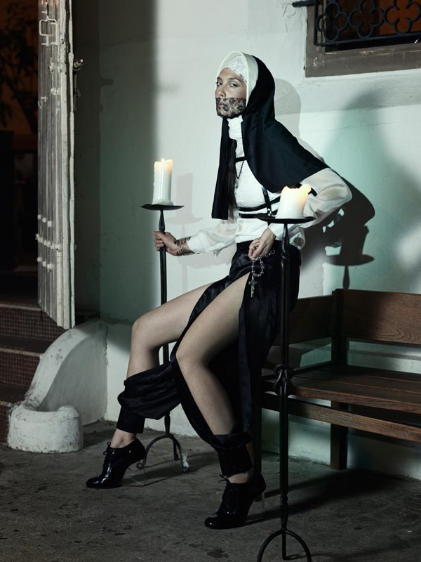 фото монашек рачком