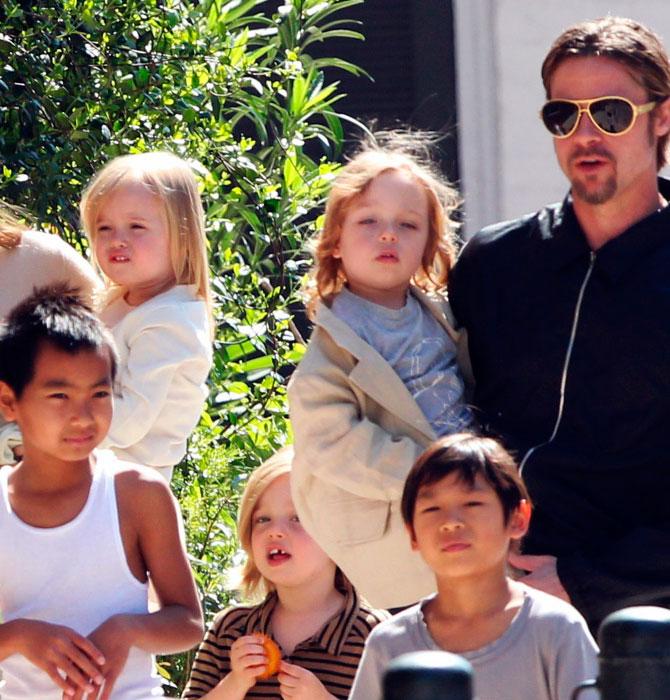 Брэд Питт встретился с детьми перед новым годом после разлуки