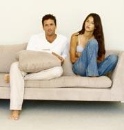 Разговор о хороших новостях перед сном укрепляет брак