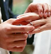 «Отдавать» в браке полезней для собственного счастья