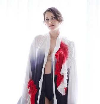 Мода: Марион Котийяр в домашней чувственной фотосессии для Madame Figaro. Фото