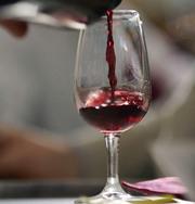 Вино так же опасно для здоровья, как и сигареты