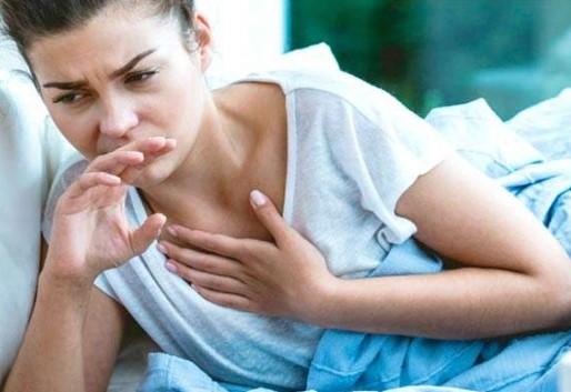 Четыре нетипичных симптома коронавируса, которые появляются вместо кашля и насморка