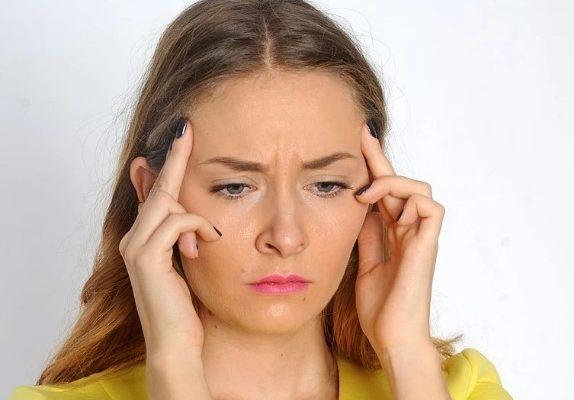 Из-за чего болит голова?